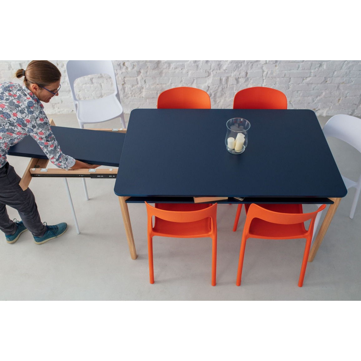 Zeen Extendable Dining Table with Shelf | Blue
