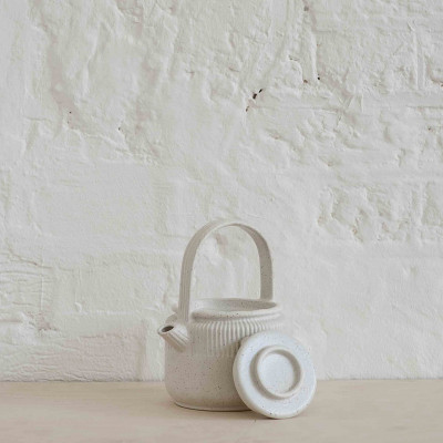 Teapot | Speckled Off-White