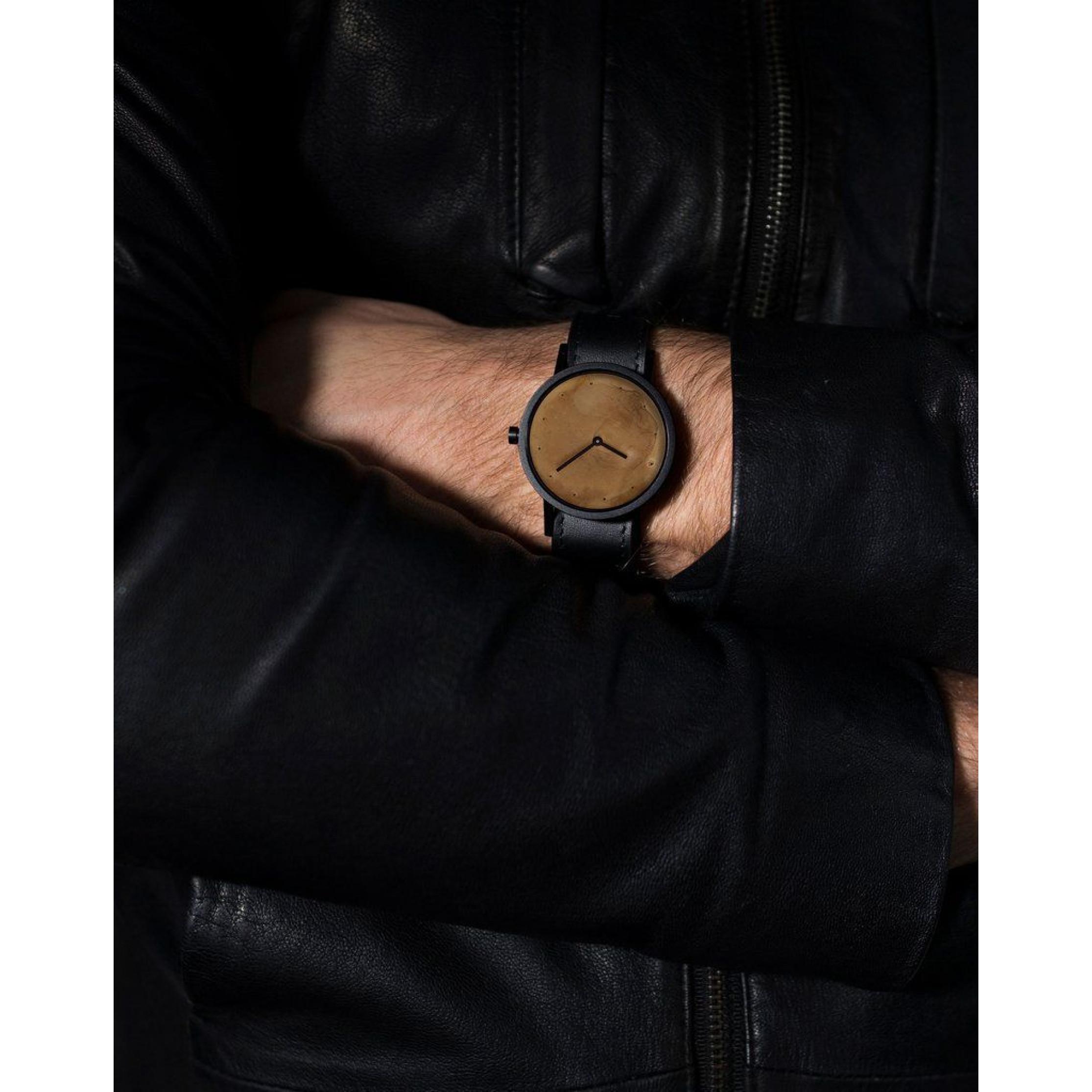 Avant Exposed Watch | Black
