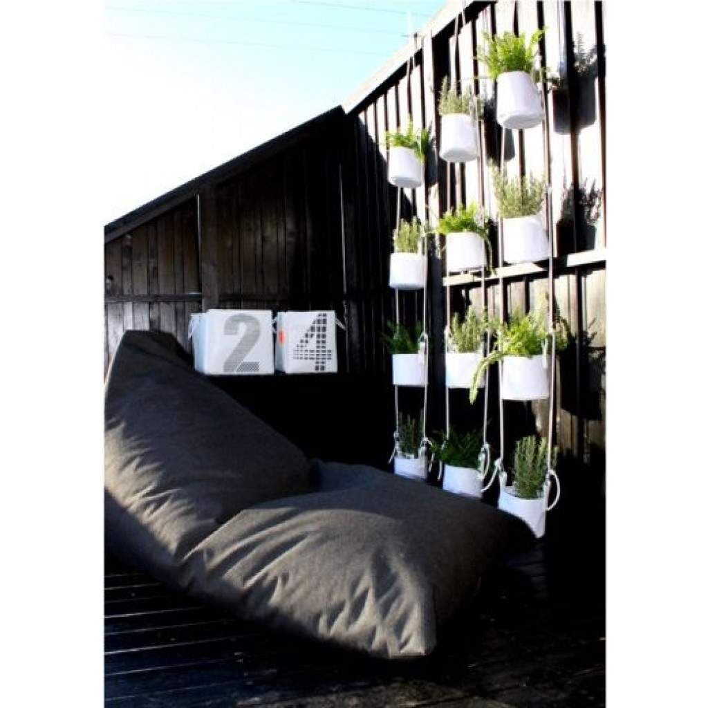 Vertical Flower Pots | Grey