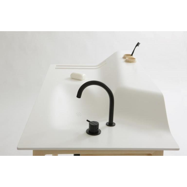 Washstand Floor