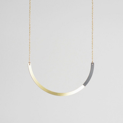 Circle Necklace | Brass & Black