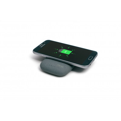 QiStone + Completely Wireless Portable Charger