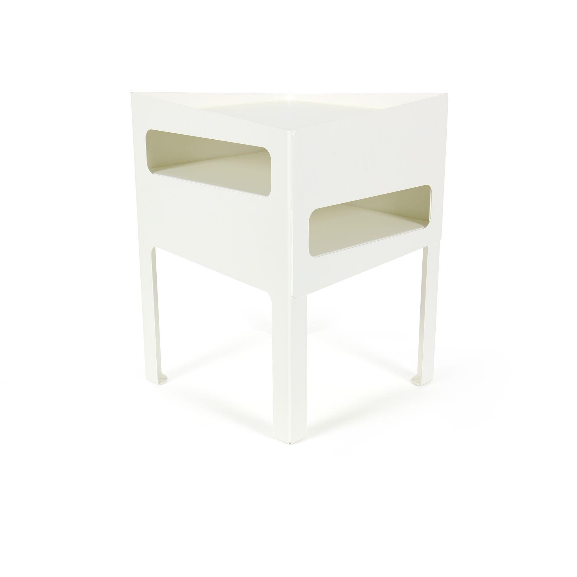 Trick Table   White White