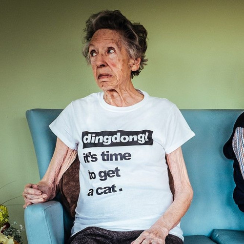 T-shirt   Woman   It's Time To Get A Cat