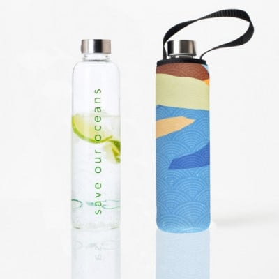 Trinkflasche Glass Is Greener + Tragehülle 750 ml | River Print