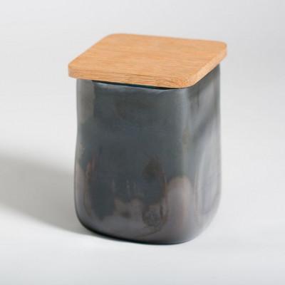 Glasgefäß mit quadratischem Deckel Aubergine