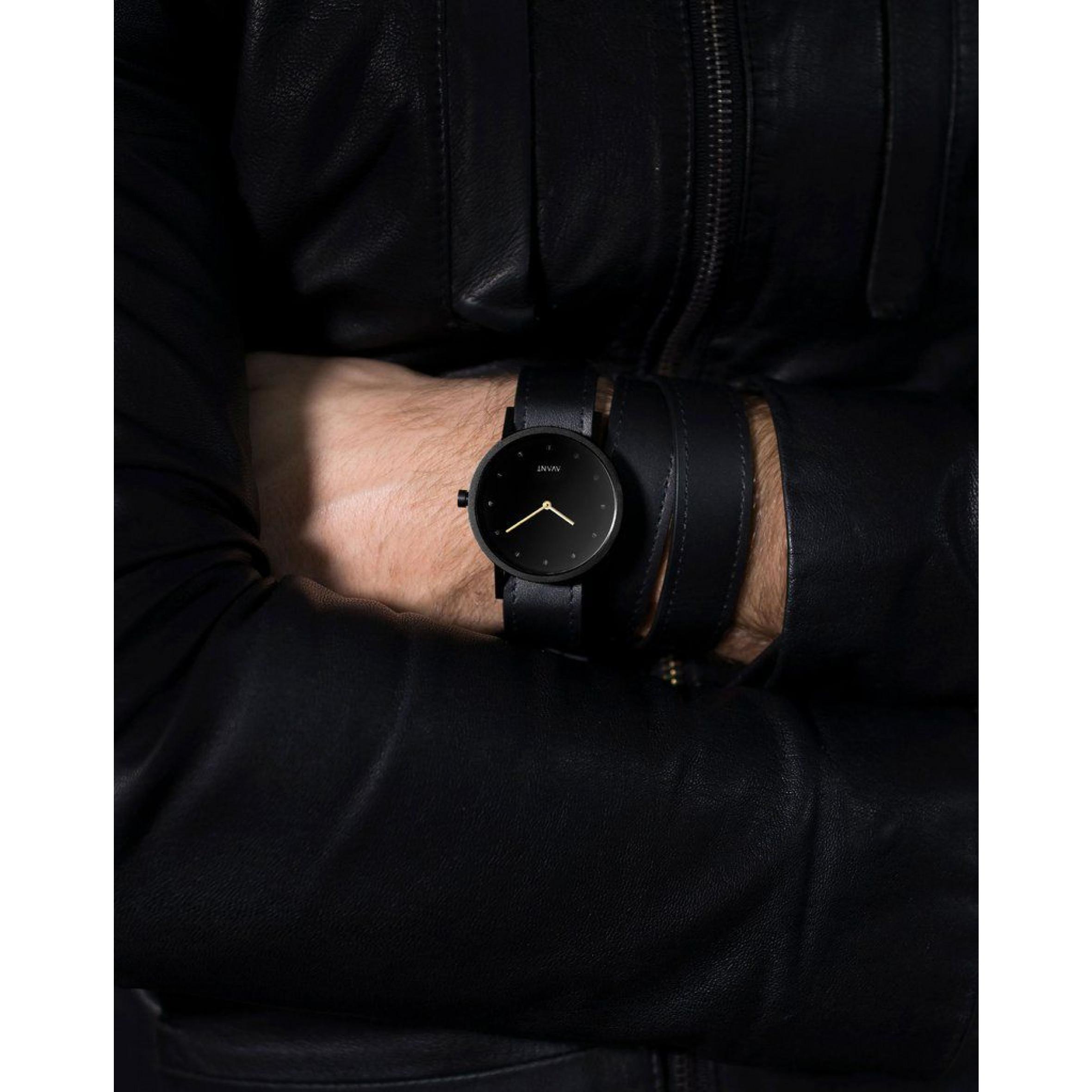 Avant Pure Watch Triple   Black & Gold