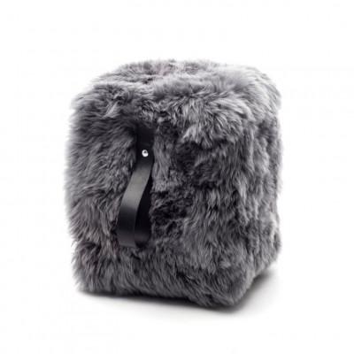 Quadratischer Schafsfell-Puff | Grau