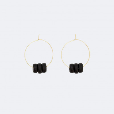 Gold-Hoop-Reifen-Ohrringe   Schwarze Scheibenperlen