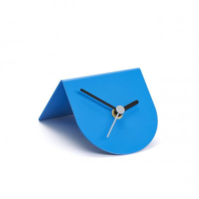 1/2 Uhr | Blau