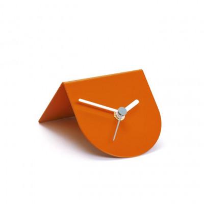 1/2 Uhr | Orange