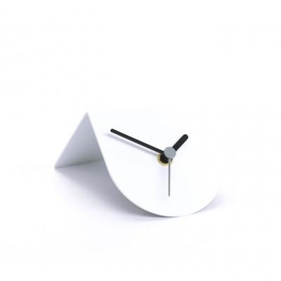 1/2 Uhr | Weiß