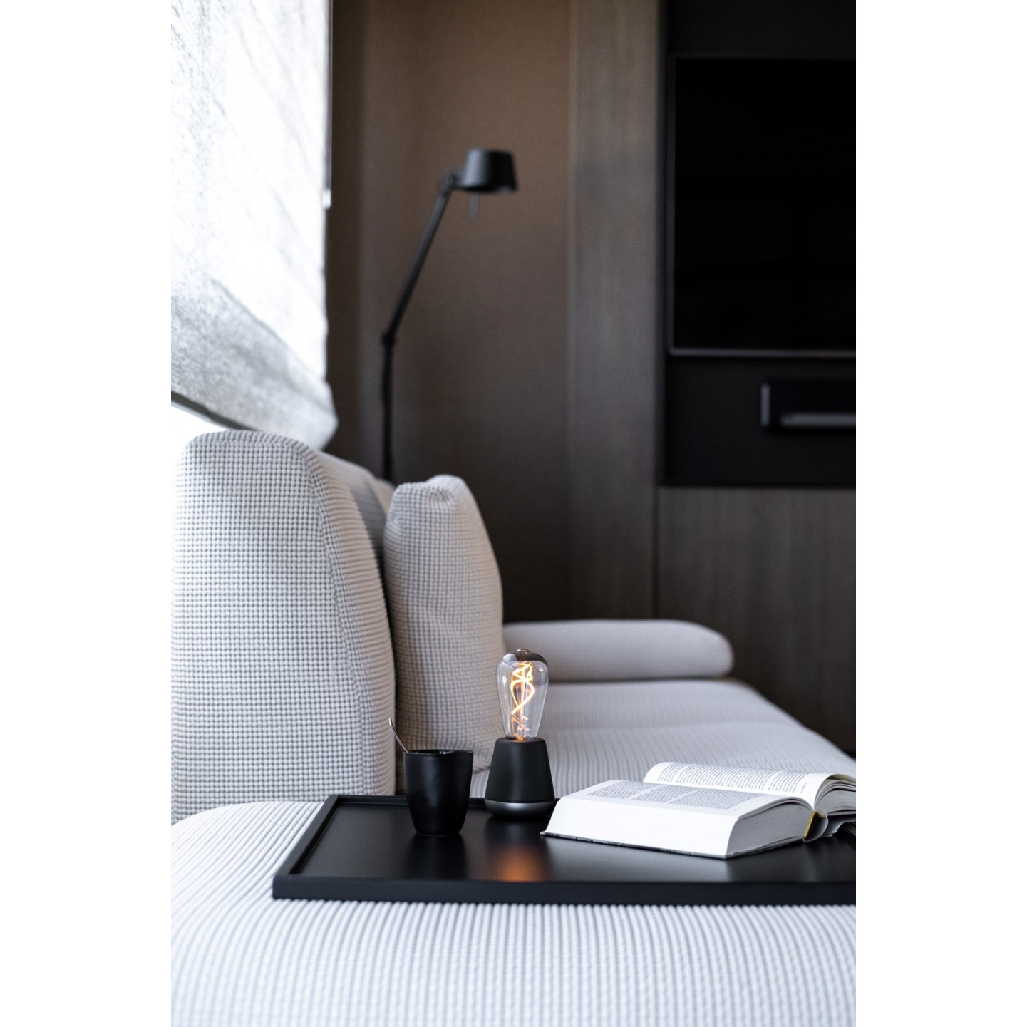Drahtlose Tischlampe One | Dunkelgrau / Nickel