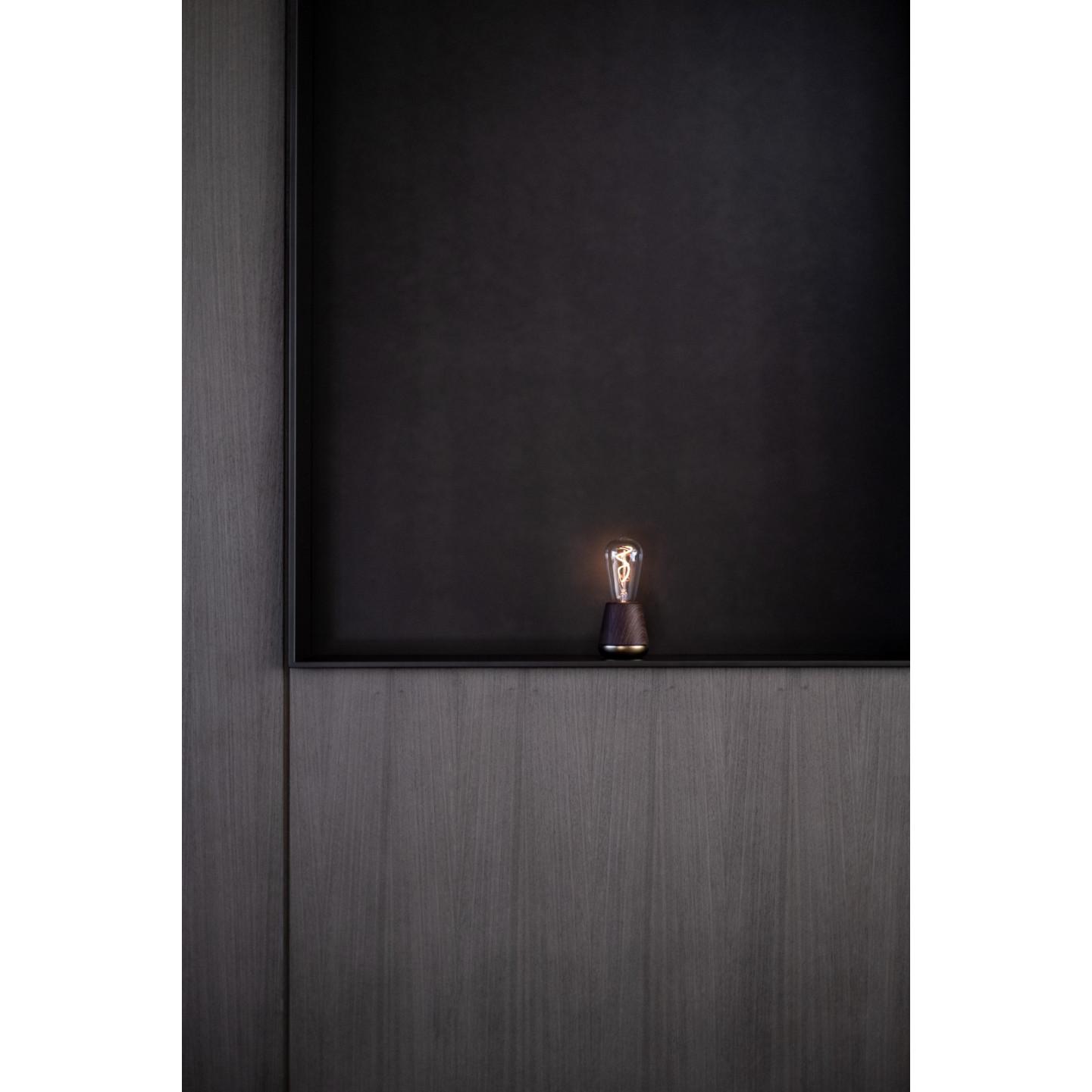 Drahtlose Tischlampe One | Nussbaum / Messing
