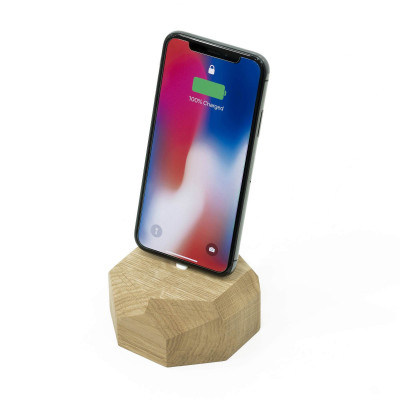 iPhone Dock Polygonal | Oak