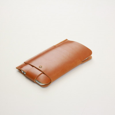 Slim Fit iPhone Case   Tan