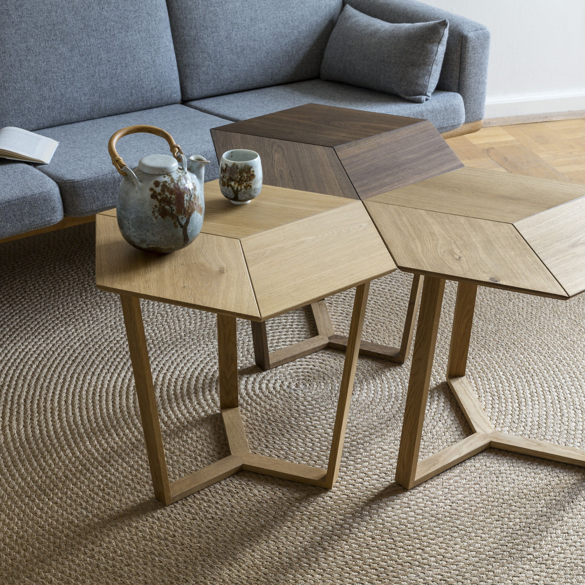 KANT |  Sophisticated Side Table Mix 1