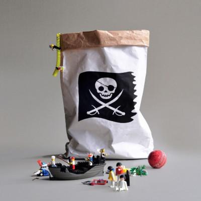 Paper Bag   Pirate Flag