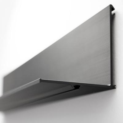 Regal Latitude 300 | Aluminium Schwarz Anodisiert