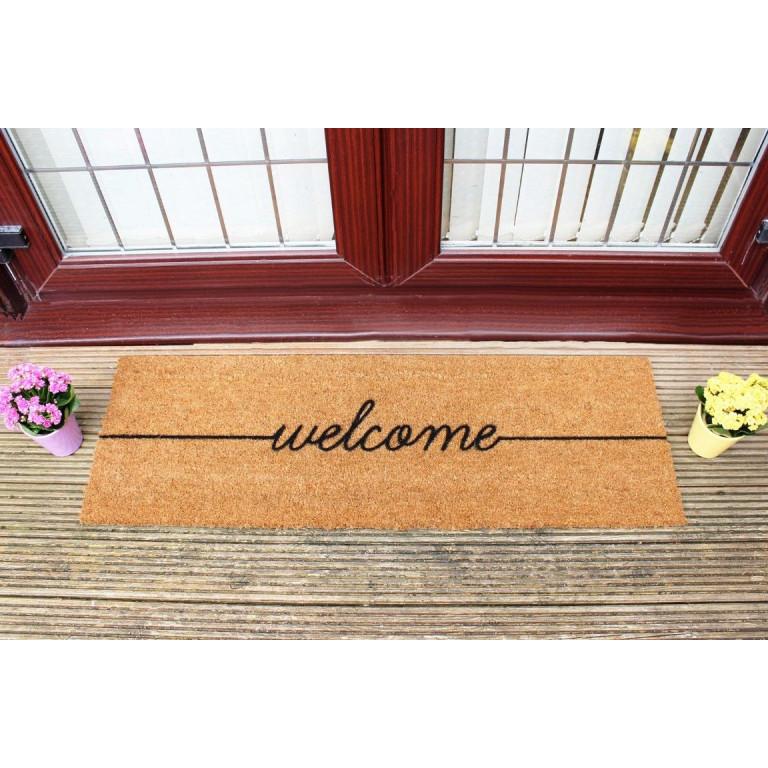 Lange Fußmatte im Innenhof   Willkommen