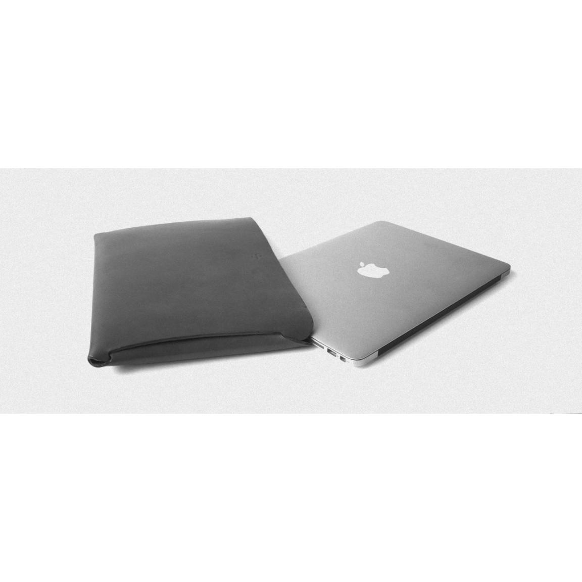 Macbook Tab Media Case | Chestnut