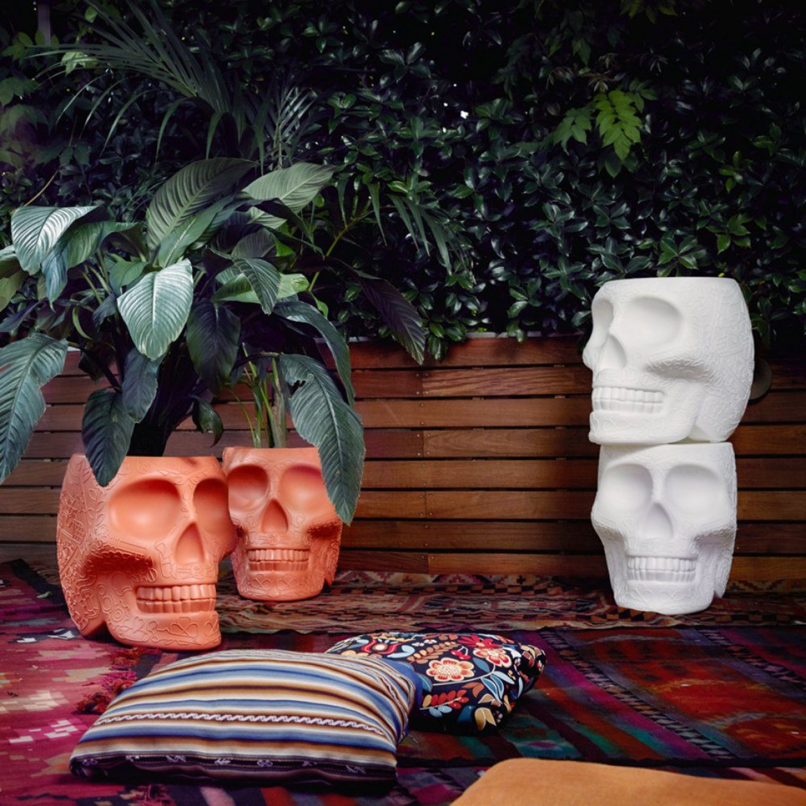 Stool & Sidetable Mexico   Terracotta