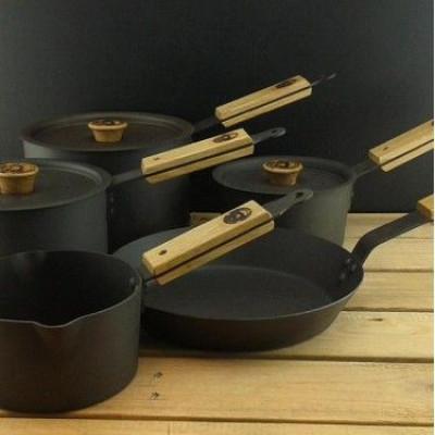 Kochtopfset aus Eisen
