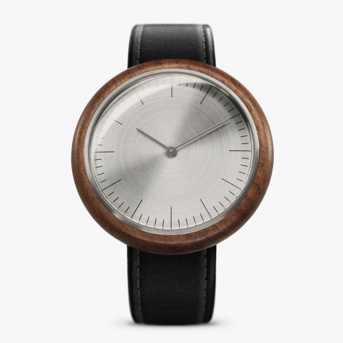 R16 Watch
