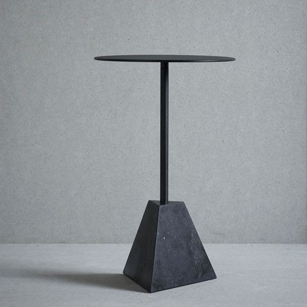 Knock Out Table Pyramid | Black Marble