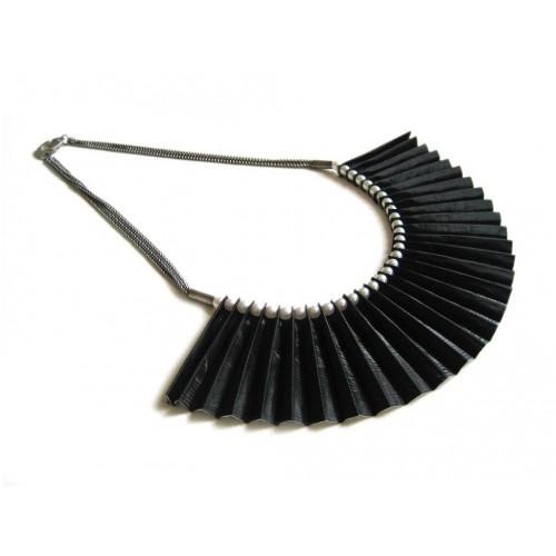 Nelly Necklace Black