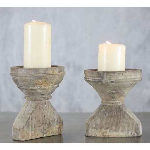 Zurückgewonnener Kerzenständer Budana