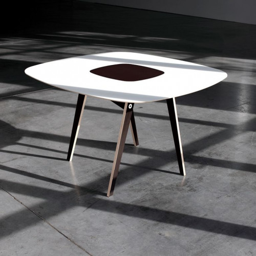 O Dining Table