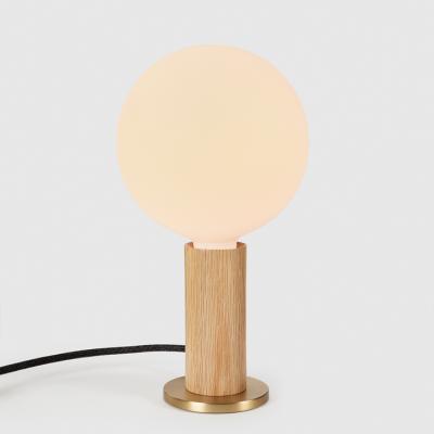 Tischlampe  Knuckle mit Kugel IV Glühbirne   Eiche