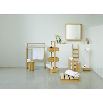 Badbrücke Studio | Helles Holz
