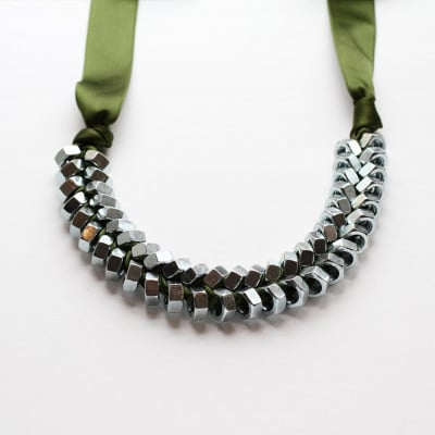 Necklace Olive Green Silver