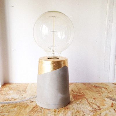Guilded Lamp   Gold