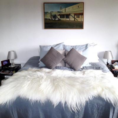 Großes Moumoute-Schafsfell   Weißes Langhaar
