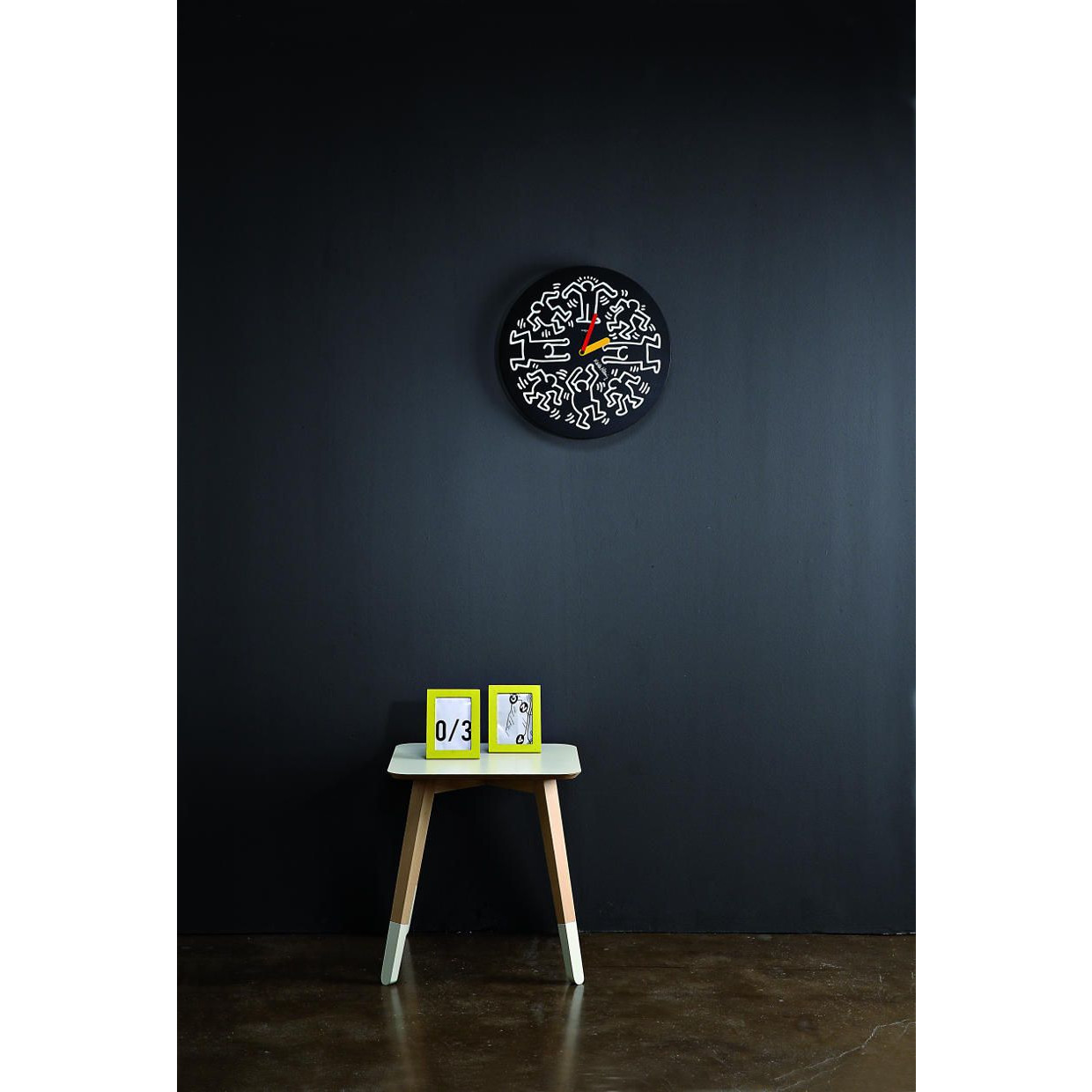 Mister Paint Low Table Grey