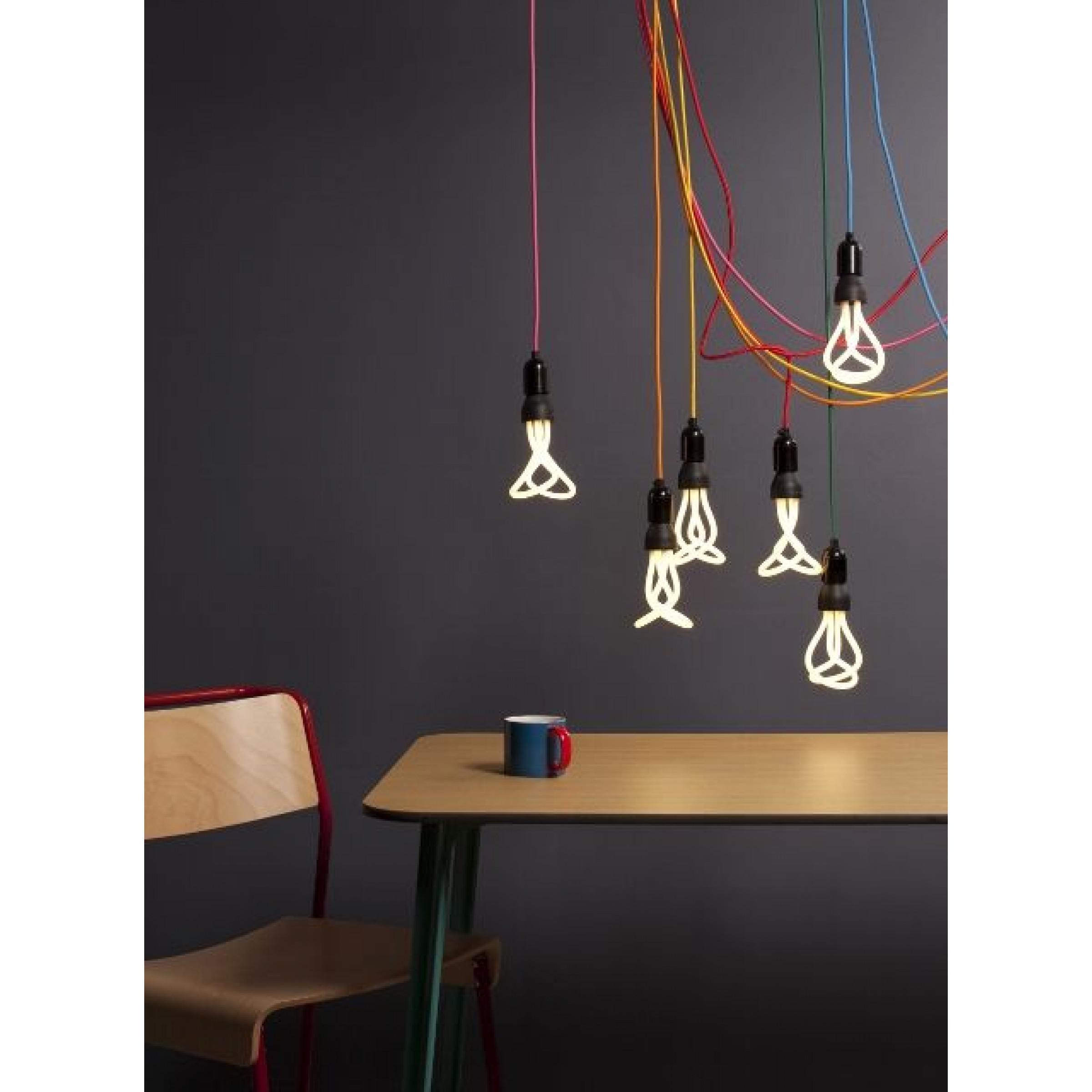 2 Glühbirnen von Plumen 001
