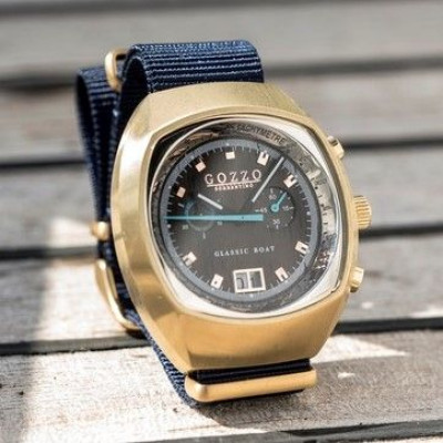 Timepiece Maestrale   Gold with Blue Bracelet