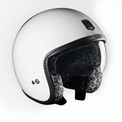 Rennfahrer | Weißer Schneeleopard