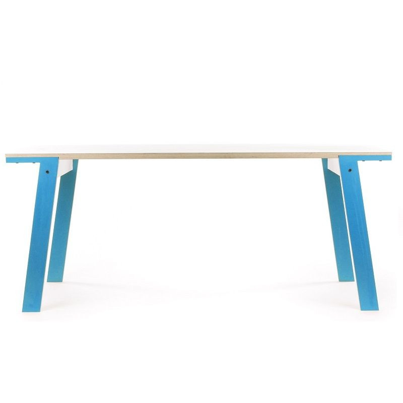 Flacher Tisch