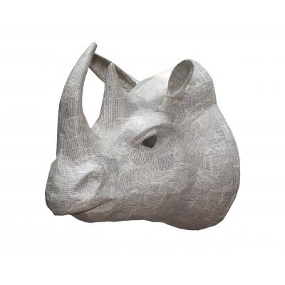 Pappmaché-Nashorn