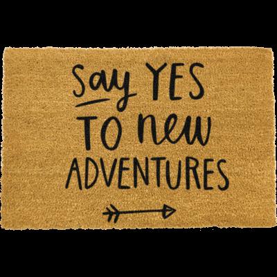 Fußmatte sagt Ja zu neuen Abenteuern