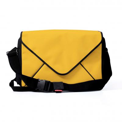 Message Messenger Bag I Yellow