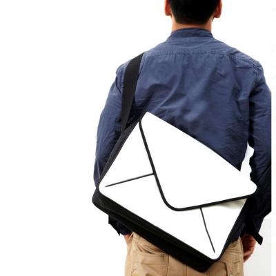 Message Messenger Bag I White