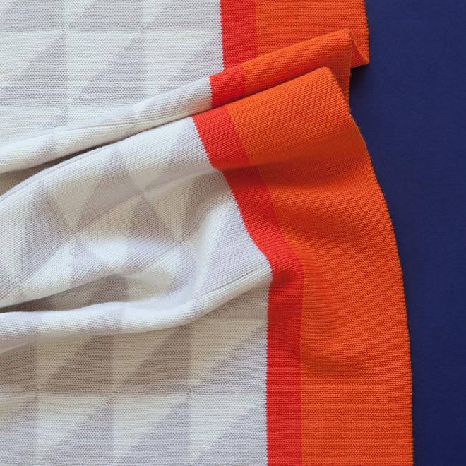 Blanket   Orange/Beige