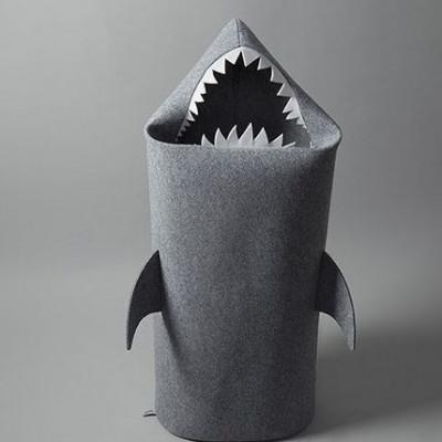 Big Shark gray (white teeth)