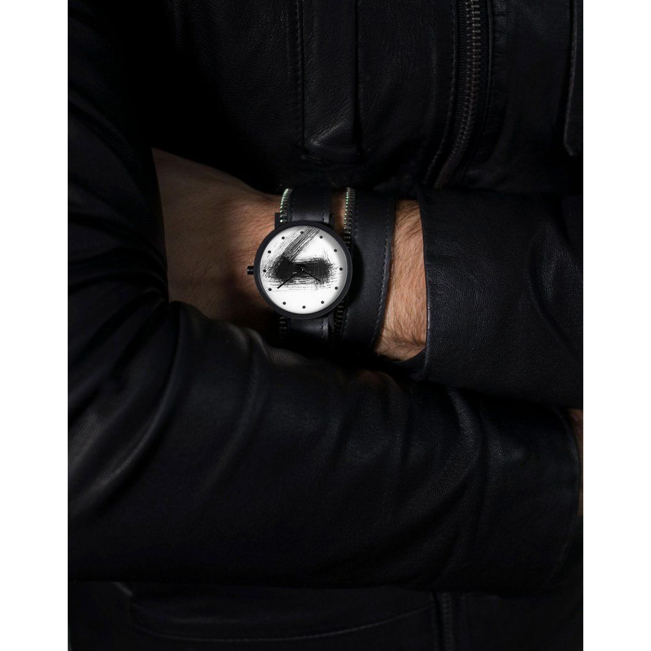 Avant Silent Double Side Zip Watch | Black